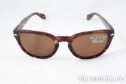 Предлагаем солнцезащитные очки.