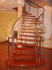 Деревянные лестницы и ограждения из нержавеющей стали. Комбинированные